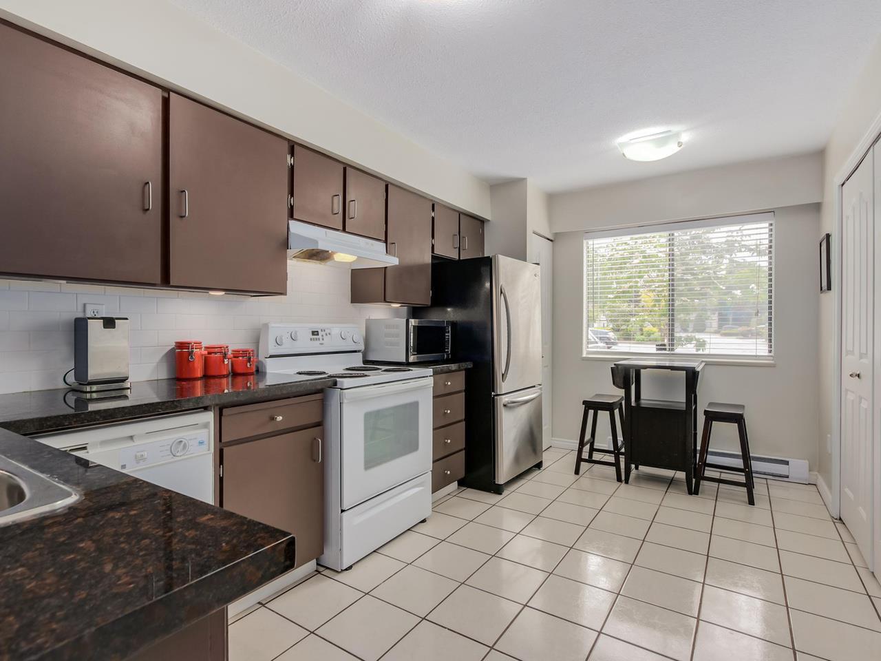 "Photo 8: Photos: 60 4800 TRIMARAN Drive in Richmond: Steveston South Townhouse for sale in ""BIRCHWOOD ESTATES"" : MLS®# R2069692"