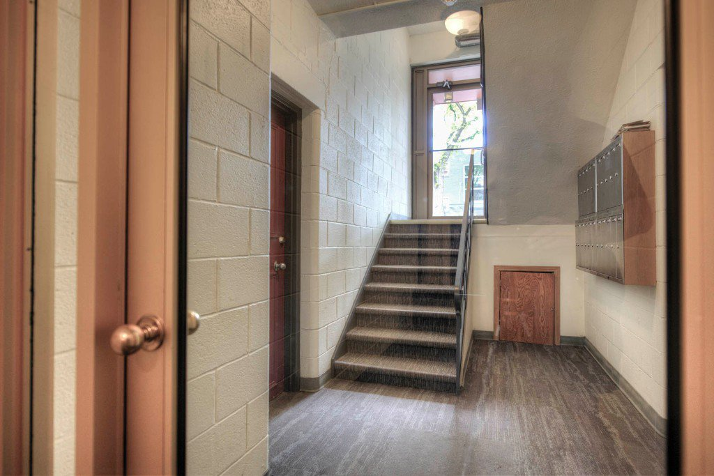 Photo 20: Photos: 118 Scott Street in Winnipeg: Fort Rouge / Crescentwood / Riverview Condominium for sale (South Winnipeg)  : MLS®# 1614966