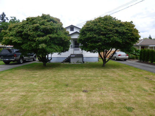 Main Photo: 46223 RIVERSIDE Drive in Chilliwack: Chilliwack N Yale-Well House for sale : MLS®# R2088833