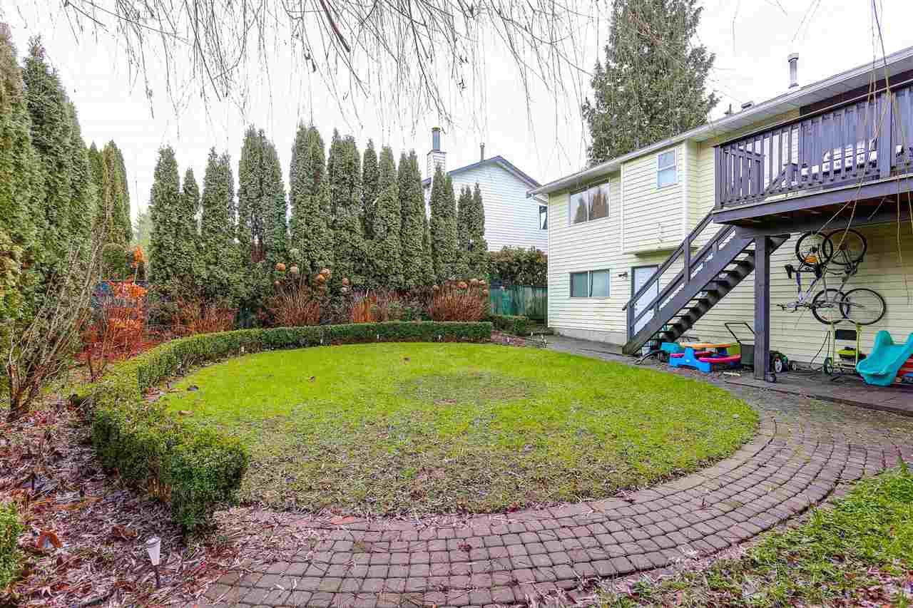 Photo 5: Photos: 9224 213 Street in Langley: Walnut Grove House for sale : MLS®# R2091314