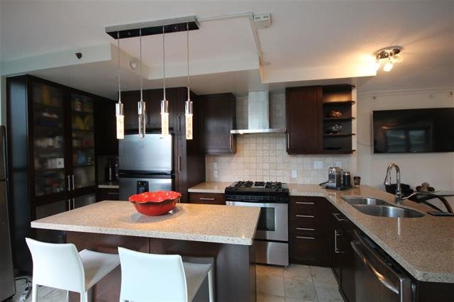 "Main Photo: 801 928 RICHARDS Street in Vancouver: Yaletown Condo for sale in ""The Savoy"" (Vancouver West)  : MLS®# R2112146"