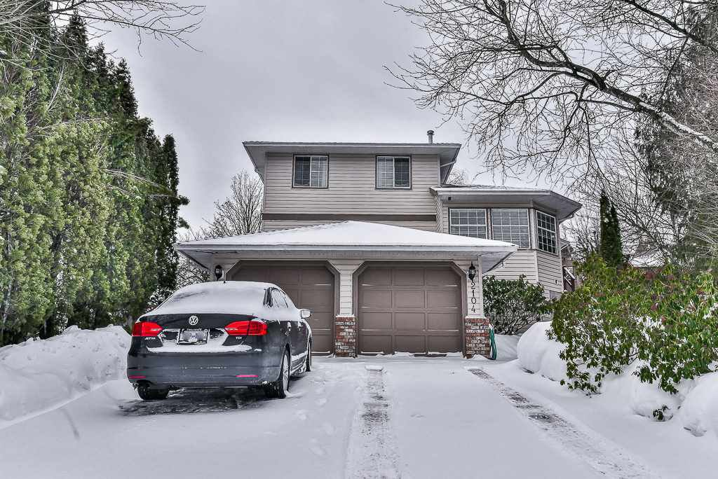 "Main Photo: 2104 KODIAK Court in Abbotsford: Abbotsford East House for sale in ""EAST ABBOTSFORD"" : MLS®# R2137221"