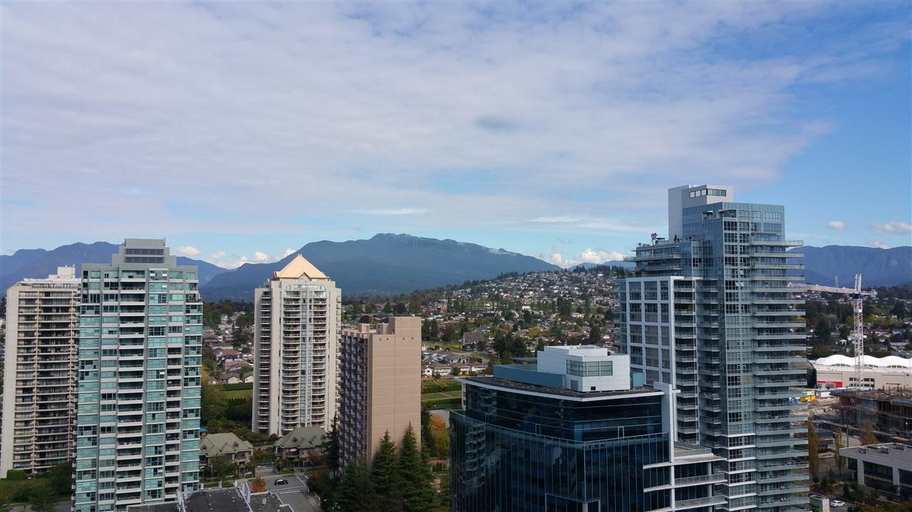 "Main Photo: 2601 2077 ROSSER Avenue in Burnaby: Brentwood Park Condo for sale in ""VANTAGE"" (Burnaby North)  : MLS®# R2142775"