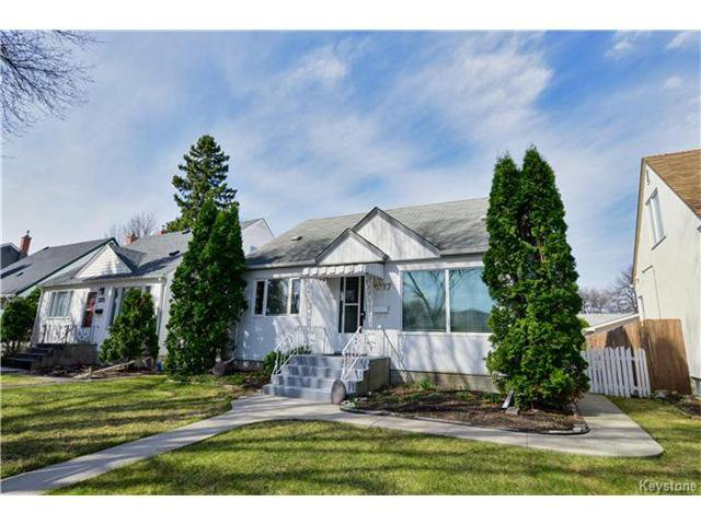 Main Photo: 1227 Warsaw Crescent in Winnipeg: Residential for sale (1Bw)  : MLS®# 1709160