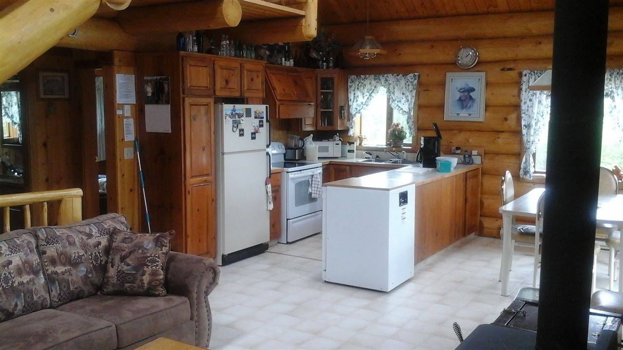 "Photo 8: Photos: 2104 MARRIOT Road in No City Value: FVREB Out of Town House for sale in ""BIG BAR LAKE"" : MLS®# R2174883"