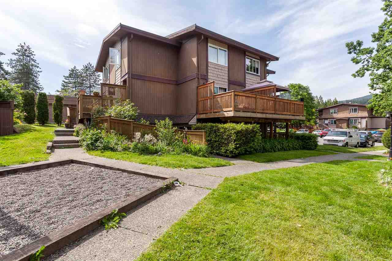 """Main Photo: 2 309 AFTON Lane in Port Moody: North Shore Pt Moody Townhouse for sale in """"Highland Park"""" : MLS®# R2176738"""