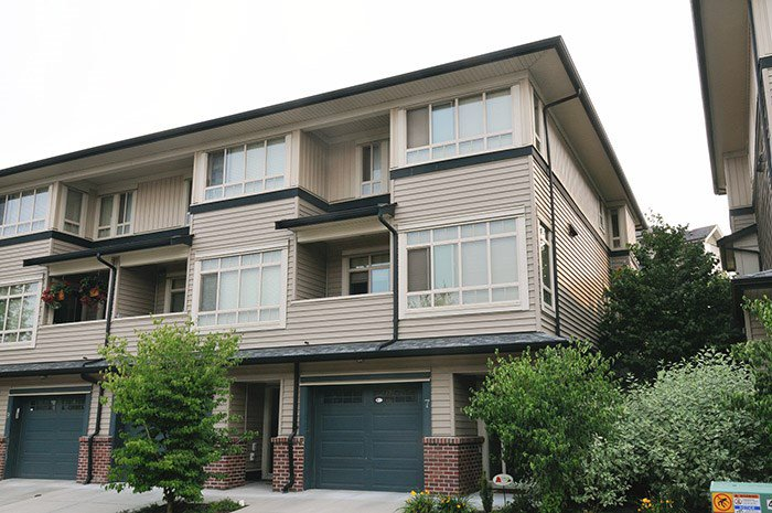 "Main Photo: 7 13771 232A Street in Maple Ridge: Silver Valley Townhouse for sale in ""SILVER HEIGHTS ESTATES"" : MLS®# R2195628"