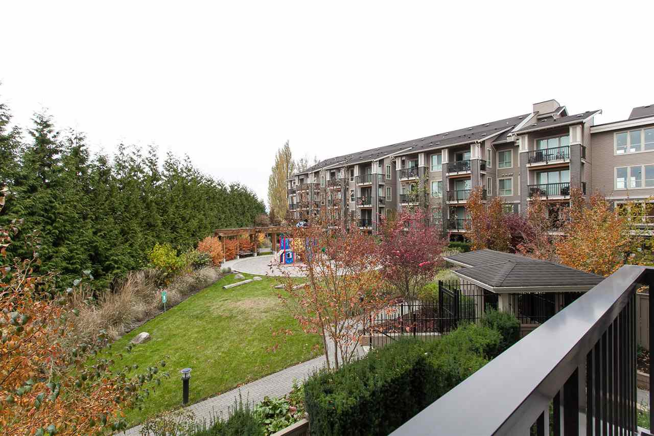 "Photo 7: Photos: 212 5655 210A Street in Langley: Salmon River Condo for sale in ""CORNERSTONE NORTH"" : MLS®# R2220601"