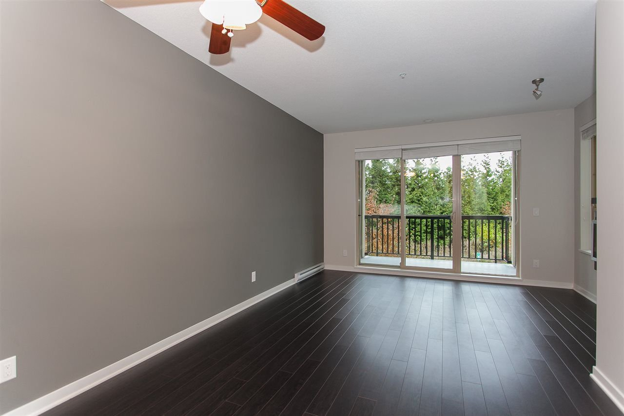 "Photo 10: Photos: 212 5655 210A Street in Langley: Salmon River Condo for sale in ""CORNERSTONE NORTH"" : MLS®# R2220601"