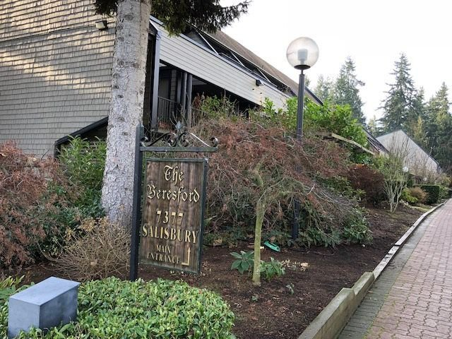 "Main Photo: 223 7377 SALISBURY Avenue in Burnaby: Highgate Condo for sale in ""THE BERESFORD"" (Burnaby South)  : MLS®# R2228138"