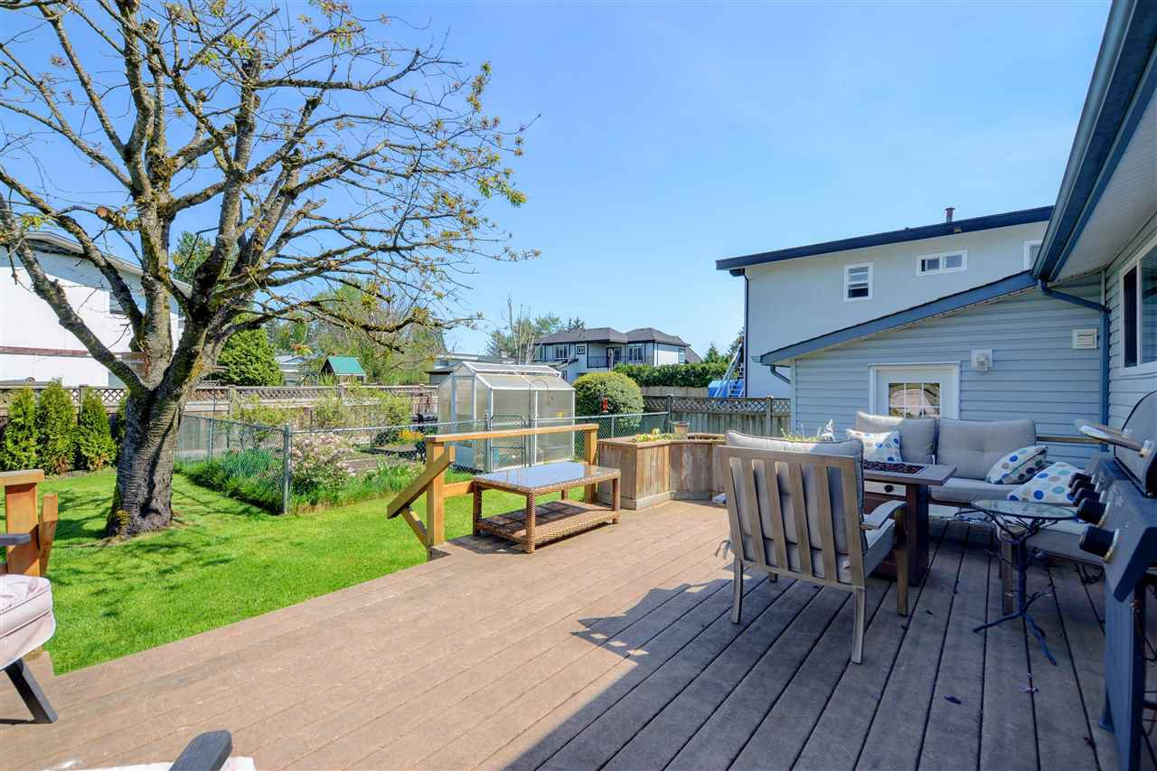 Main Photo: 4872 58 Street in Delta: Hawthorne House for sale (Ladner)  : MLS®# R2269266
