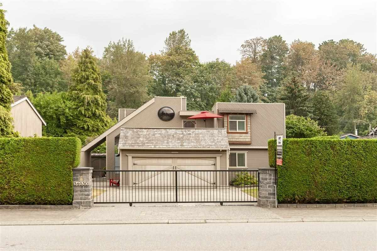 Main Photo: 34630 LABURNUM Avenue in Abbotsford: Abbotsford East House for sale : MLS®# R2300205