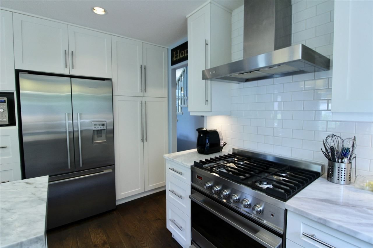 Photo 9: Photos: 527 DRIFTWOOD Avenue: Harrison Hot Springs House for sale : MLS®# R2304518