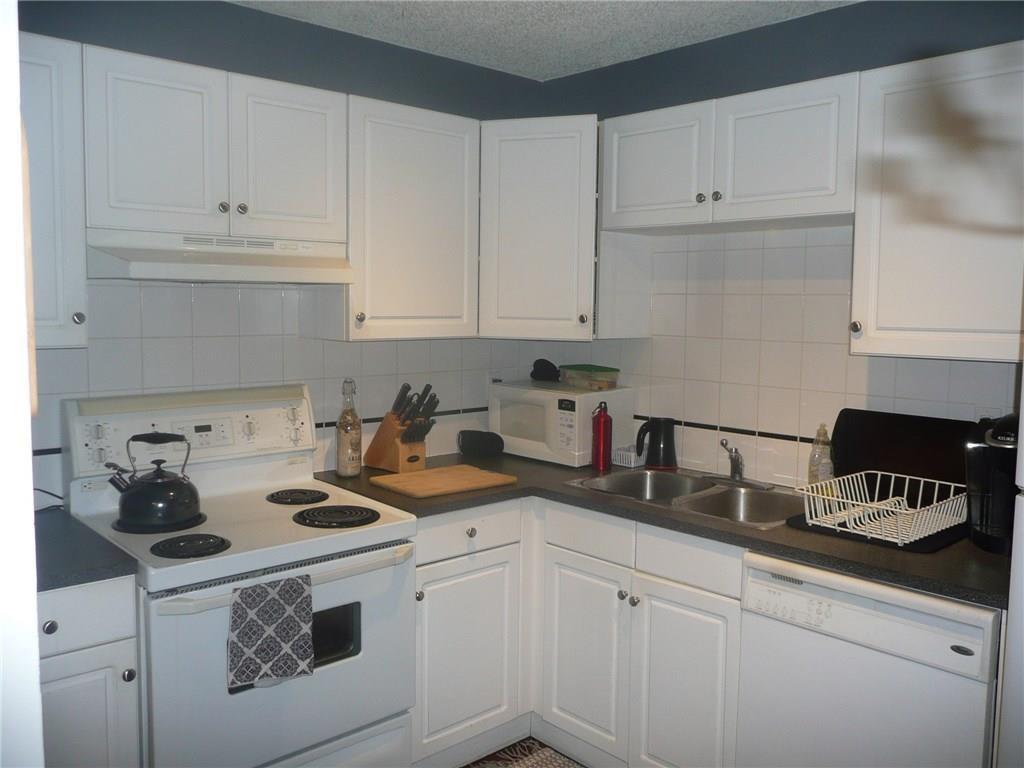 Main Photo: 401 1810 11 Avenue SW in Calgary: Sunalta Apartment for sale : MLS®# C4204013