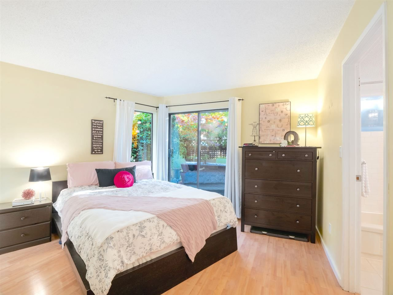 Photo 8: Photos: 101 8645 OSLER Street in Vancouver: Marpole Condo for sale (Vancouver West)  : MLS®# R2311470