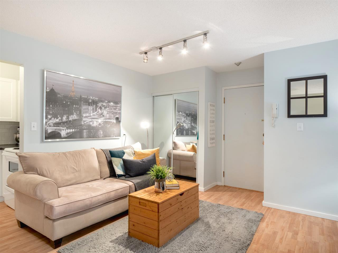 Photo 6: Photos: 101 8645 OSLER Street in Vancouver: Marpole Condo for sale (Vancouver West)  : MLS®# R2311470