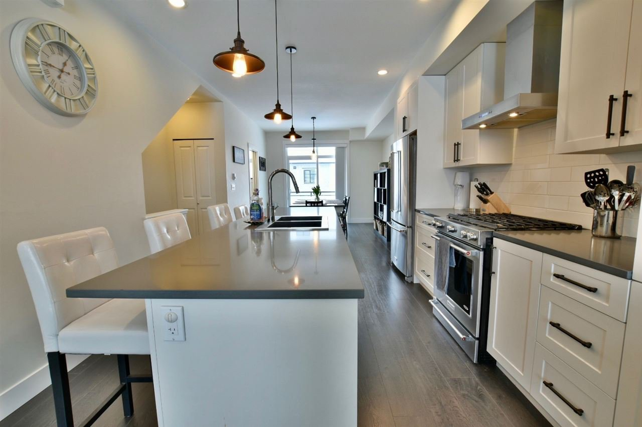 """Main Photo: 6 16518 24A Avenue in Surrey: Grandview Surrey Townhouse for sale in """"Notting Hill"""" (South Surrey White Rock)  : MLS®# R2339350"""