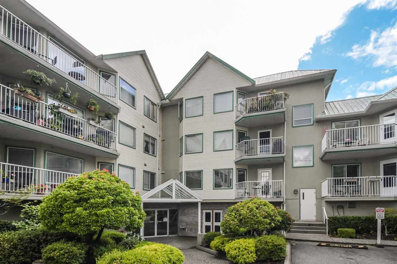 "Main Photo: 102 19236 FORD Road in Pitt Meadows: Central Meadows Condo for sale in ""EMERALD PARK"" : MLS®# R2383524"