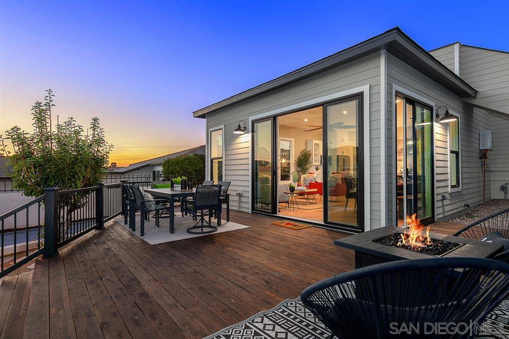 Main Photo: POINT LOMA House for sale : 3 bedrooms : 4485 Orchard Ave in San Diego
