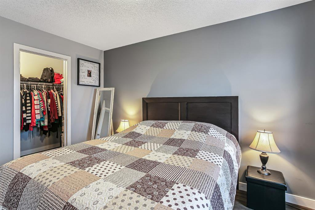 Photo 18: Photos: 177 Mckenzie Towne Gate SE in Calgary: McKenzie Towne Row/Townhouse for sale : MLS®# A1043224