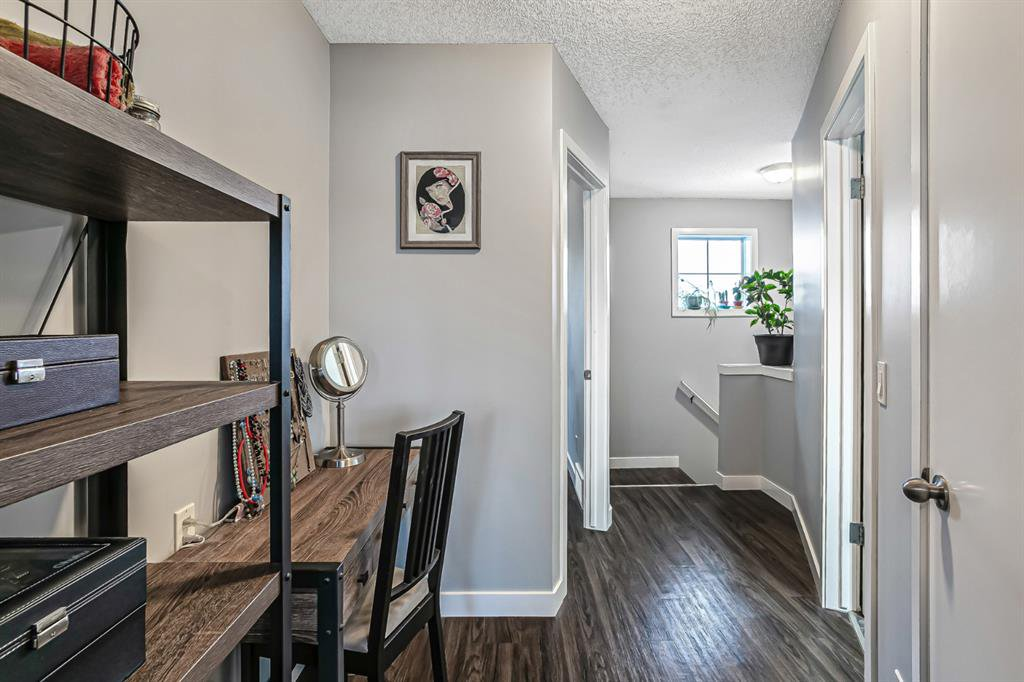 Photo 19: Photos: 177 Mckenzie Towne Gate SE in Calgary: McKenzie Towne Row/Townhouse for sale : MLS®# A1043224