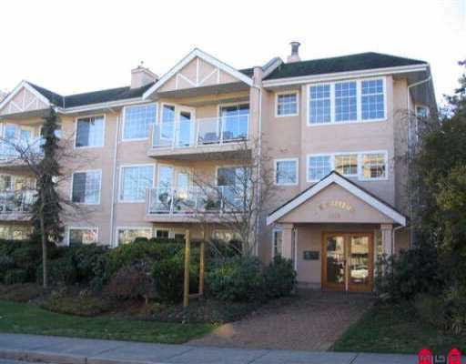 "Main Photo: 306 1369 GEORGE ST: White Rock Condo for sale in ""CAMEO TERRACE"" (South Surrey White Rock)  : MLS®# F2525929"