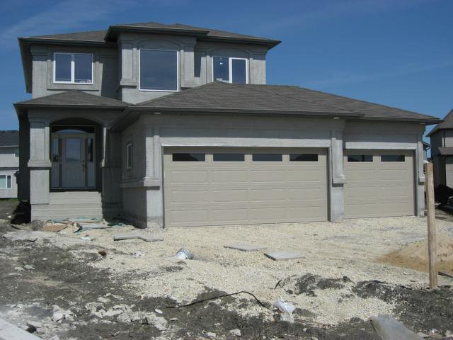Main Photo: 15 Tellier Place in Winnipeg: Residential for sale : MLS®# 1104003