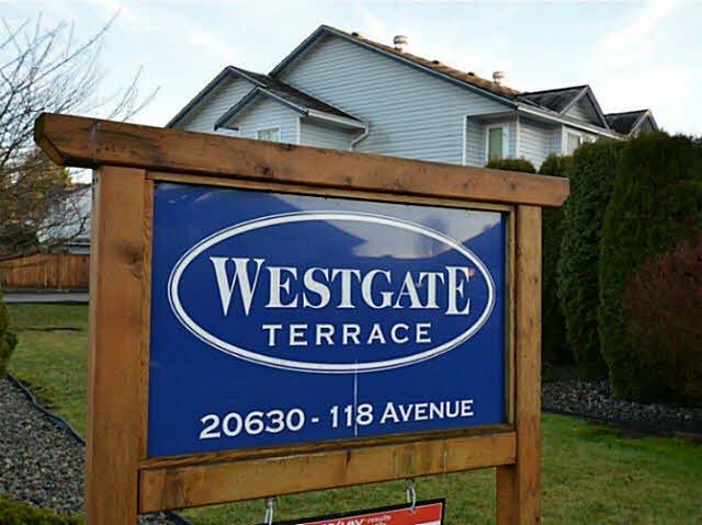 Main Photo: 10 20630 118TH Avenue in Maple Ridge: Southwest Maple Ridge Townhouse for sale : MLS®# V1099486