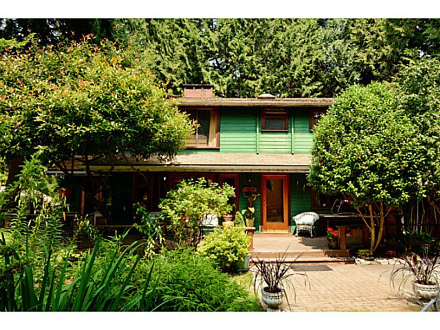 Main Photo: 12353 CEDAR Drive in Surrey: Crescent Bch Ocean Pk. House for sale (South Surrey White Rock)  : MLS®# F1446162