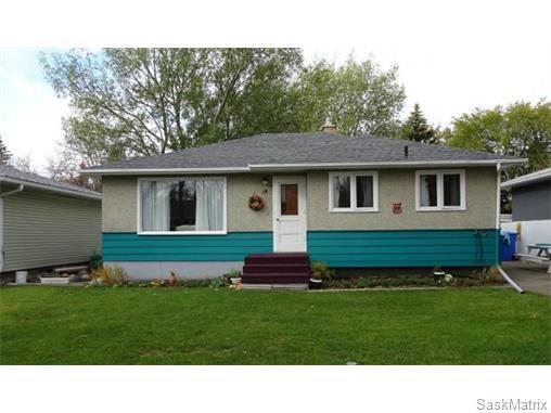 Main Photo: 14 OTTAWA Place in Regina: Churchill Downs Single Family Dwelling for sale (Regina Area 03)  : MLS®# 589785