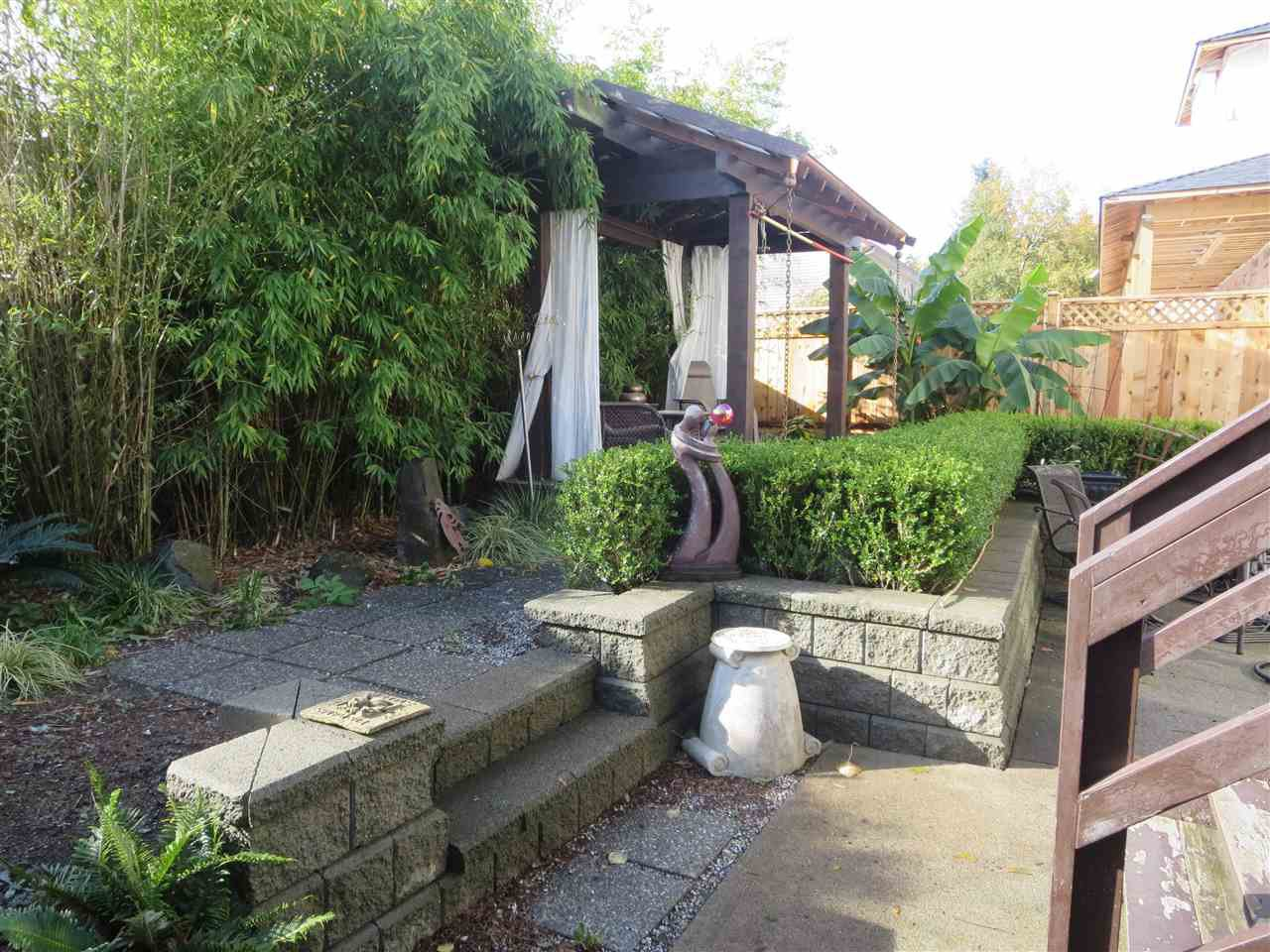 Photo 14: Photos: 19348 PARK Road in Pitt Meadows: Mid Meadows House for sale : MLS®# R2118610