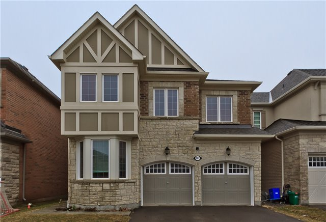 Main Photo: 182 Mcwilliams Crescent in Oakville: Rural Oakville House (2-Storey) for lease : MLS®# W3714517