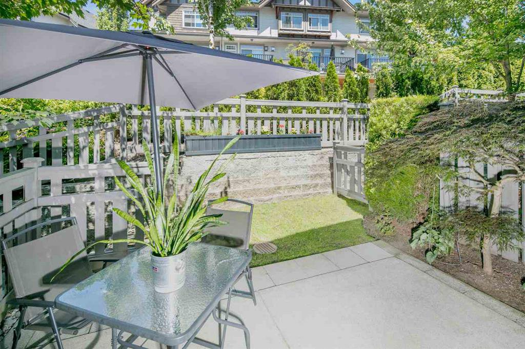Main Photo: 43 55 Hawthorn Drive in Port Moody: Multifamily for sale : MLS®# R2185760