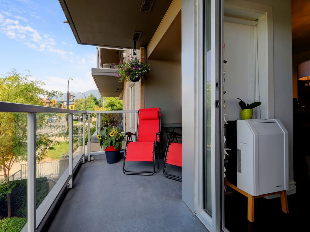 Photo 14: Photos: TH6 1288 CHESTERFIELD Avenue in North Vancouver: Central Lonsdale Townhouse for sale : MLS®# R2197784