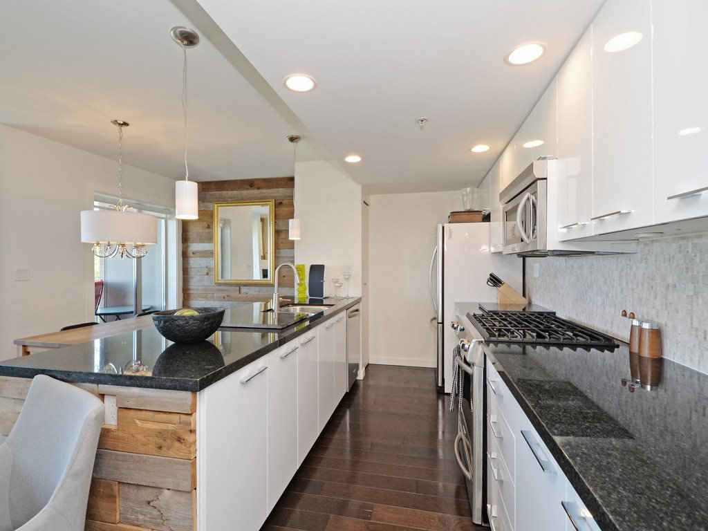 Photo 5: Photos: TH6 1288 CHESTERFIELD Avenue in North Vancouver: Central Lonsdale Townhouse for sale : MLS®# R2197784