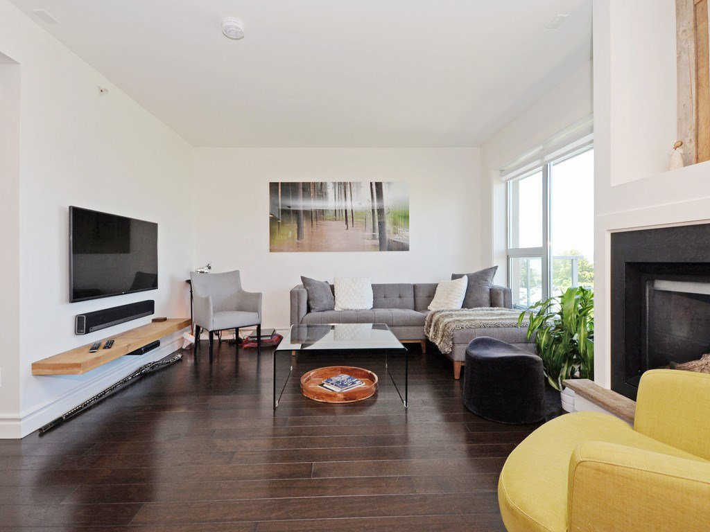 Photo 3: Photos: TH6 1288 CHESTERFIELD Avenue in North Vancouver: Central Lonsdale Townhouse for sale : MLS®# R2197784