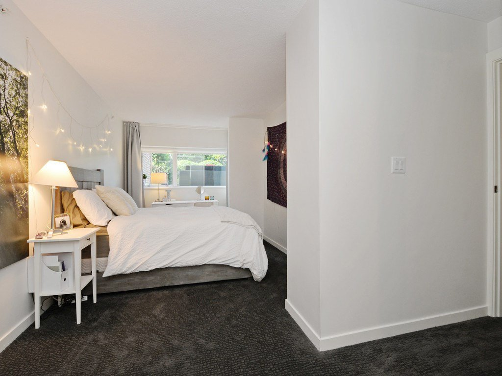 Photo 11: Photos: TH6 1288 CHESTERFIELD Avenue in North Vancouver: Central Lonsdale Townhouse for sale : MLS®# R2197784