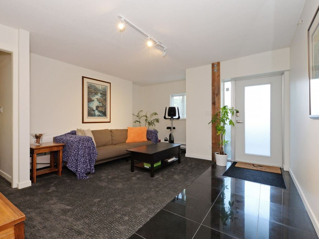 Photo 12: Photos: TH6 1288 CHESTERFIELD Avenue in North Vancouver: Central Lonsdale Townhouse for sale : MLS®# R2197784
