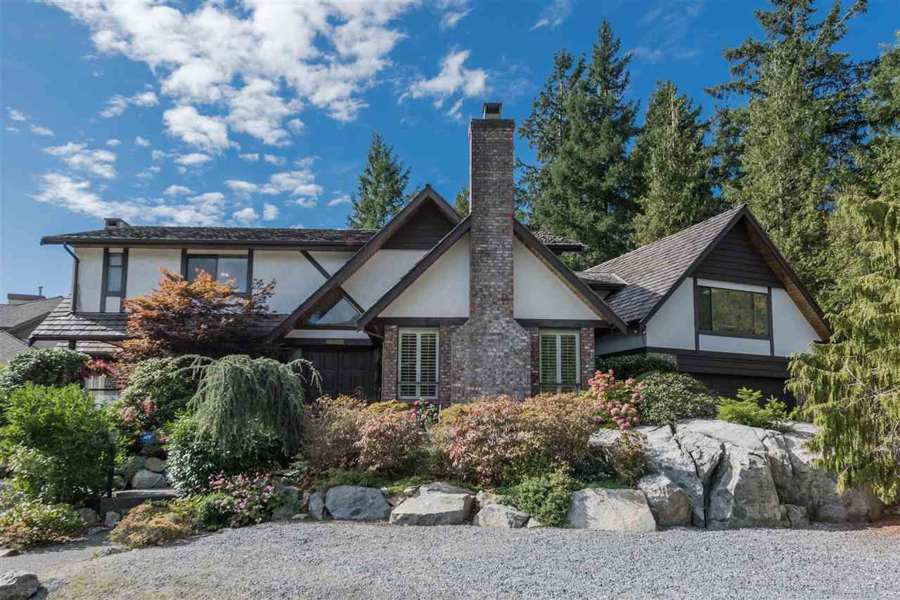 "Main Photo: 5007 PINETREE Crescent in West Vancouver: Upper Caulfeild House for sale in ""Caulfield"" : MLS®# R2208440"