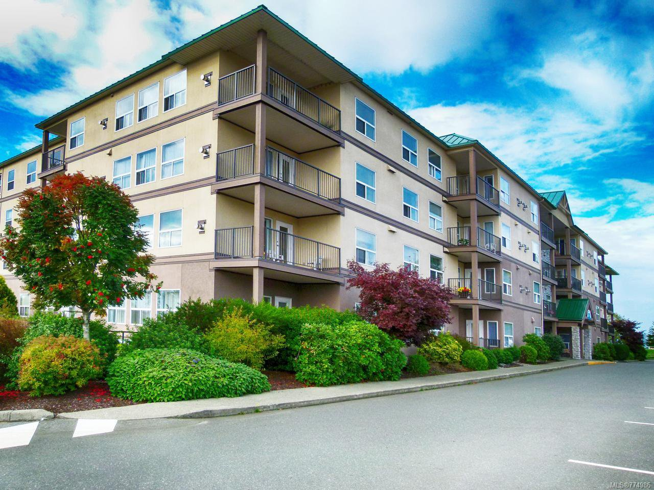 Main Photo: 310 280 S Dogwood St in CAMPBELL RIVER: CR Campbell River Central Condo for sale (Campbell River)  : MLS®# 774986