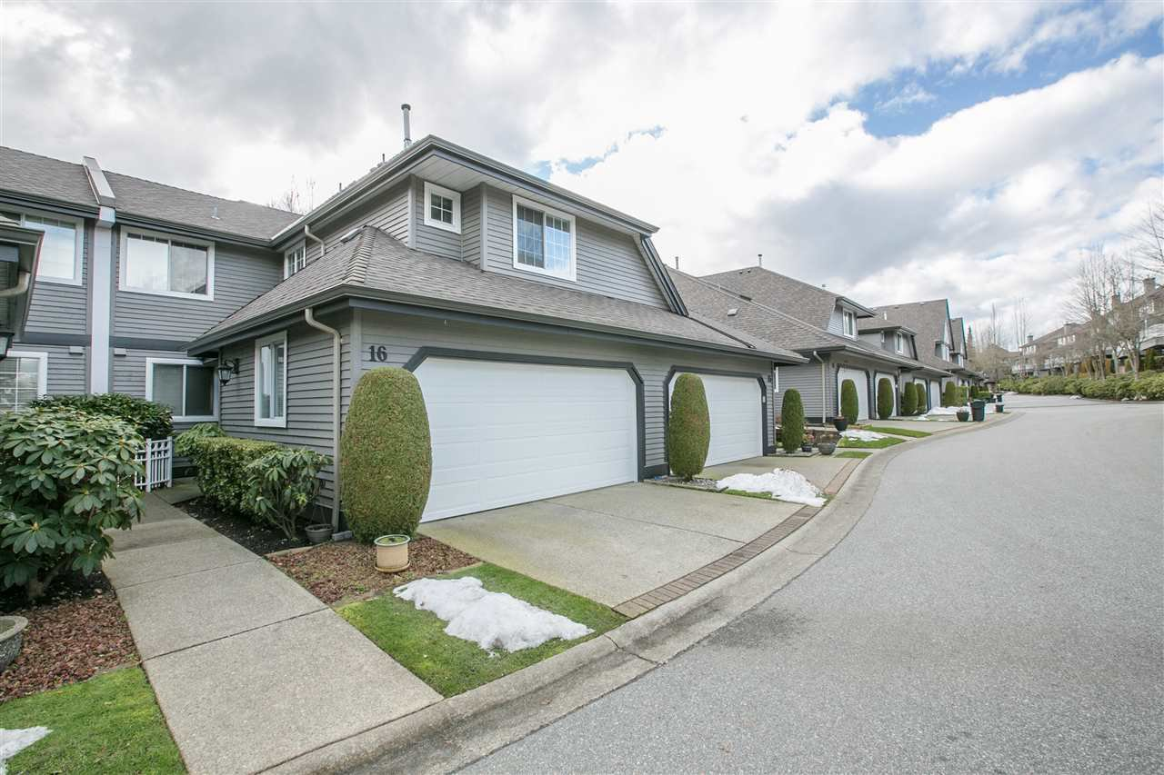 "Main Photo: 16 2615 FORTRESS Drive in Port Coquitlam: Citadel PQ Townhouse for sale in ""ORCHARD HILL"" : MLS®# R2243920"