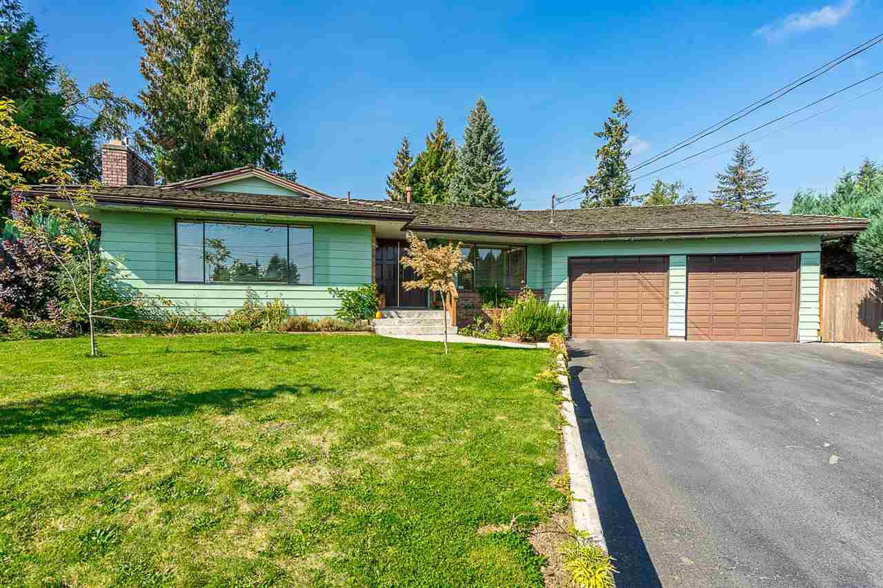 "Main Photo: 2055 MAJESTIC Crescent in Abbotsford: Abbotsford West House for sale in ""Mill Lake Area"" : MLS®# R2328020"