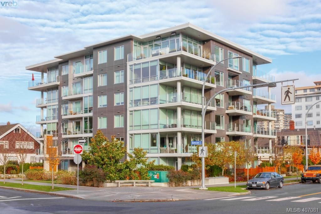 Main Photo: 301 200 Douglas St in VICTORIA: Vi James Bay Condo Apartment for sale (Victoria)  : MLS®# 809008
