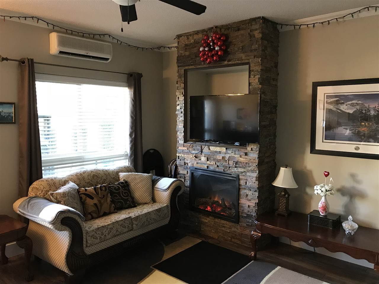 """Photo 5: Photos: A117 33755 7TH Avenue in Mission: Mission BC Condo for sale in """"The Mews"""" : MLS®# R2352904"""