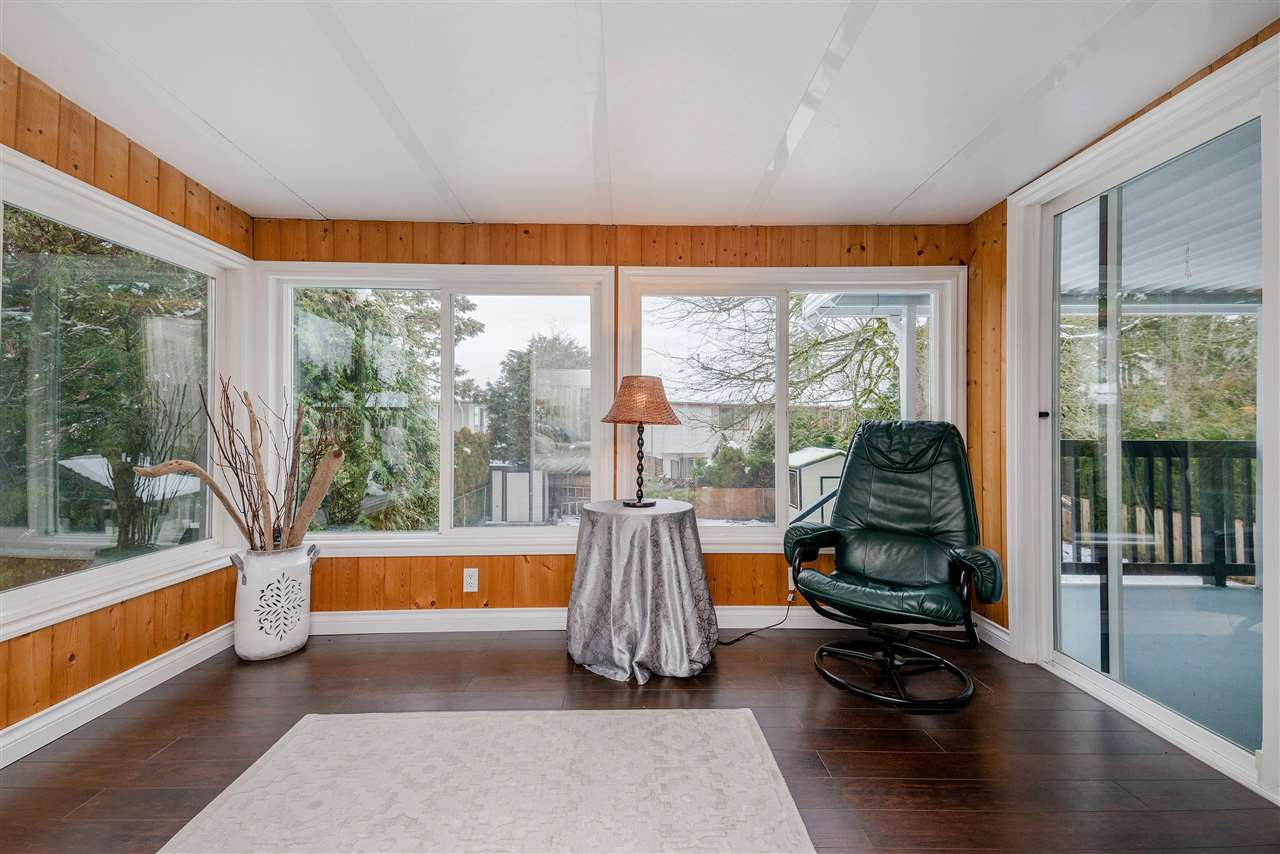 Photo 11: Photos: 22085 CANUCK Crescent in Maple Ridge: West Central House for sale : MLS®# R2354032