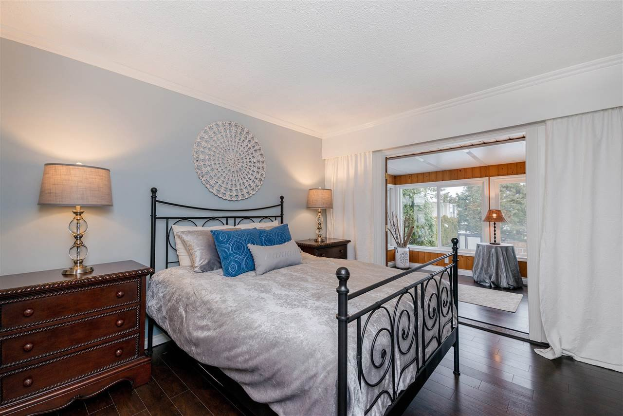 Photo 10: Photos: 22085 CANUCK Crescent in Maple Ridge: West Central House for sale : MLS®# R2354032