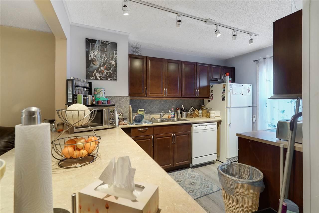Main Photo: 11520 86 Street in Edmonton: Zone 05 House for sale : MLS®# E4154804