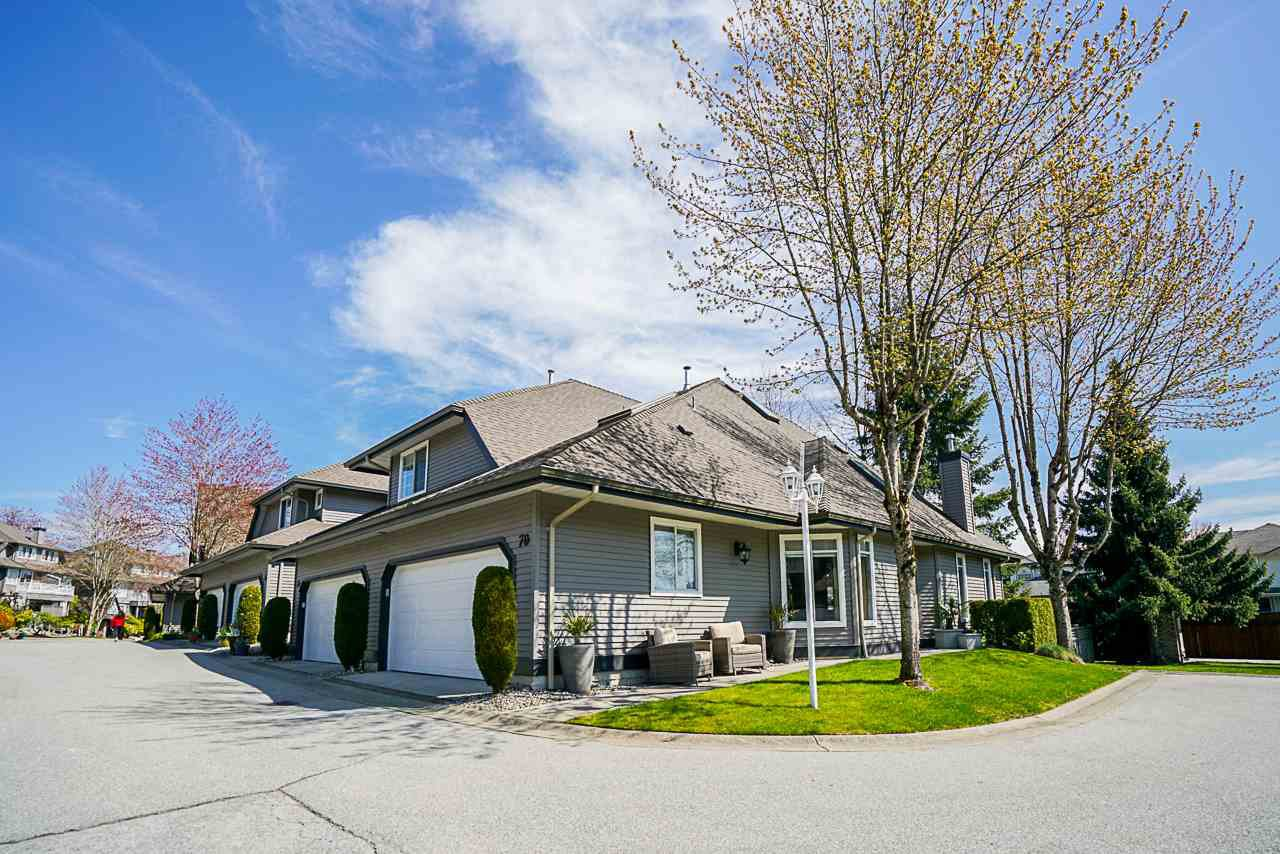 """Main Photo: 70 2615 FORTRESS Drive in Port Coquitlam: Citadel PQ Townhouse for sale in """"ORCHARD HILL"""" : MLS®# R2450622"""