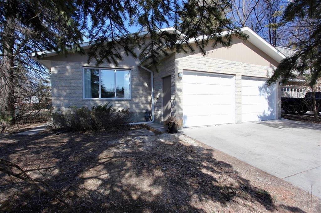 Main Photo: 884 Vimy Road in Winnipeg: Crestview Residential for sale (5H)  : MLS®# 202010137