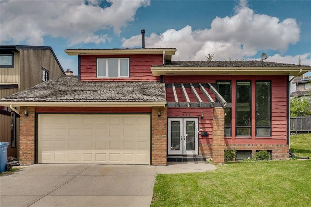 Main Photo: 432 RANCH ESTATES Place NW in Calgary: Ranchlands Detached for sale : MLS®# C4300339
